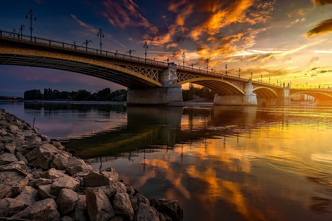 Dialyse-Patienten auf der Donau unterwegs