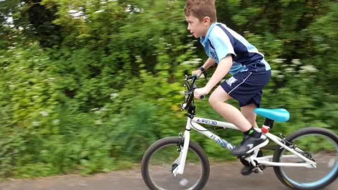 Gehirnerschütterung, Bewegungsmangel, Gerinnungsstörung, Blaue Flecken, Sport und Bewegung