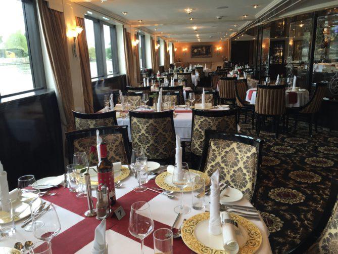 Speisesaal auf der Excellence Royal