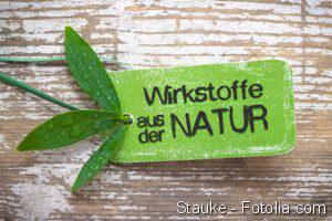 Hausmittel gegen Haarausfall, Homöopathie - Wirkstoffe aus der Natur
