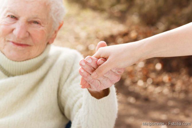 Leitlinien, 24-Stunden-Pflege, Demenz, Alzheimer, Schlaganfall, Parkinson, Senior